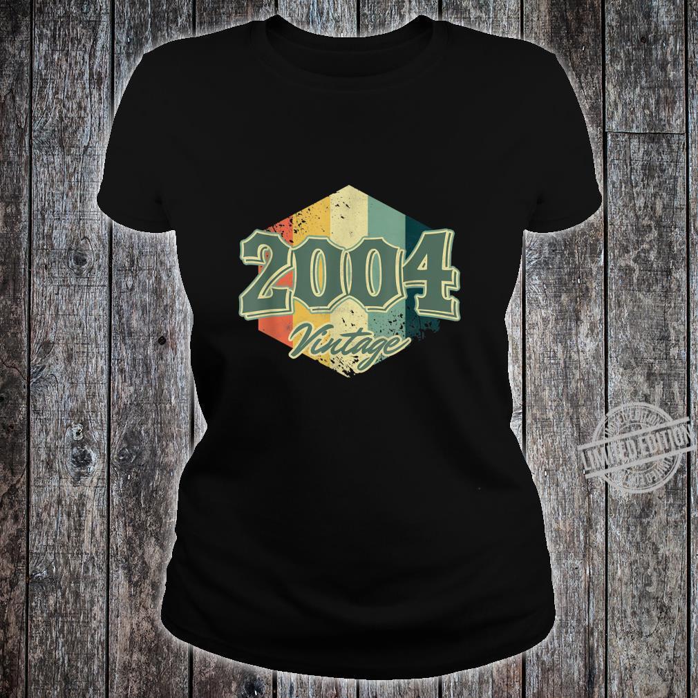 Jahrgang 2004 16. Geburtstag Zelebrant Gen Z 16 Jahre alt Shirt ladies tee